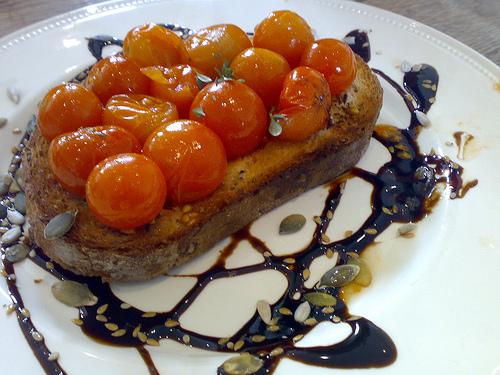 Tomato-Toast-3093401187_4b63bb9acb