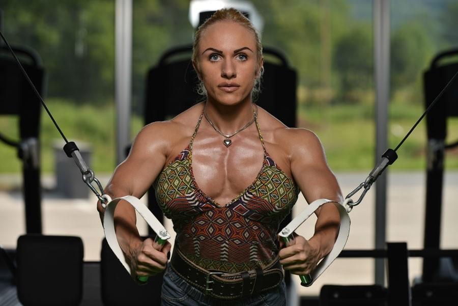 chest exercises for women