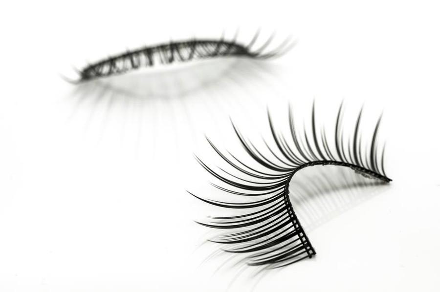 grow back your eyelashes